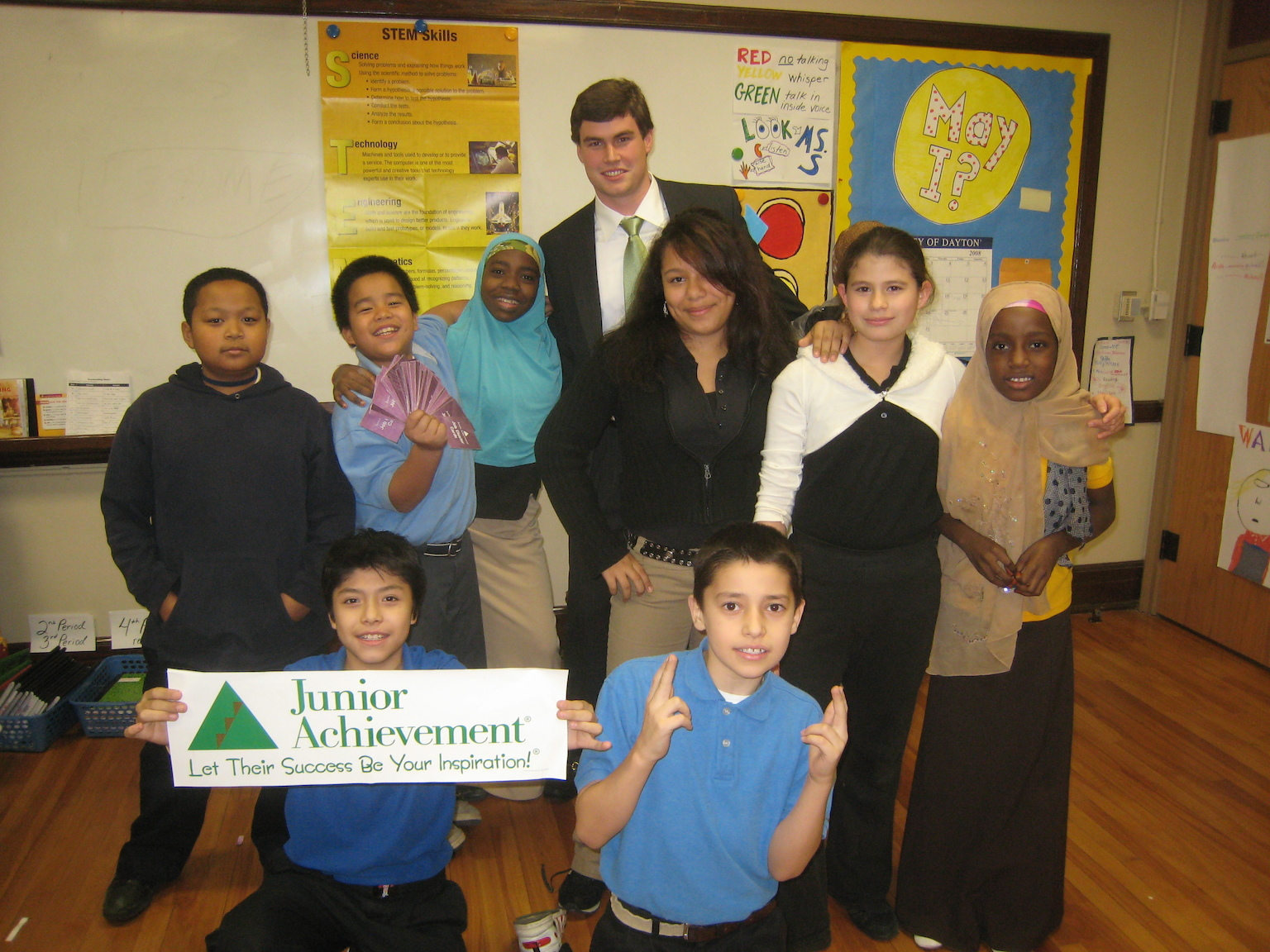 JA Volunteer in a Middle School Classroom